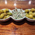 Cazuela boquerones y olivas